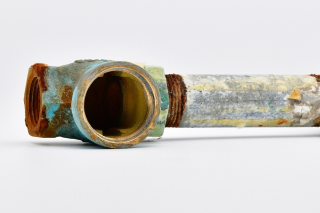 錆びた配管イメージ